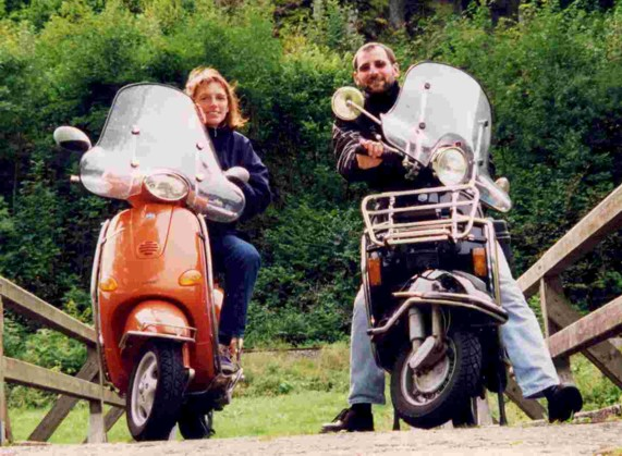 Mit Vespa on the road